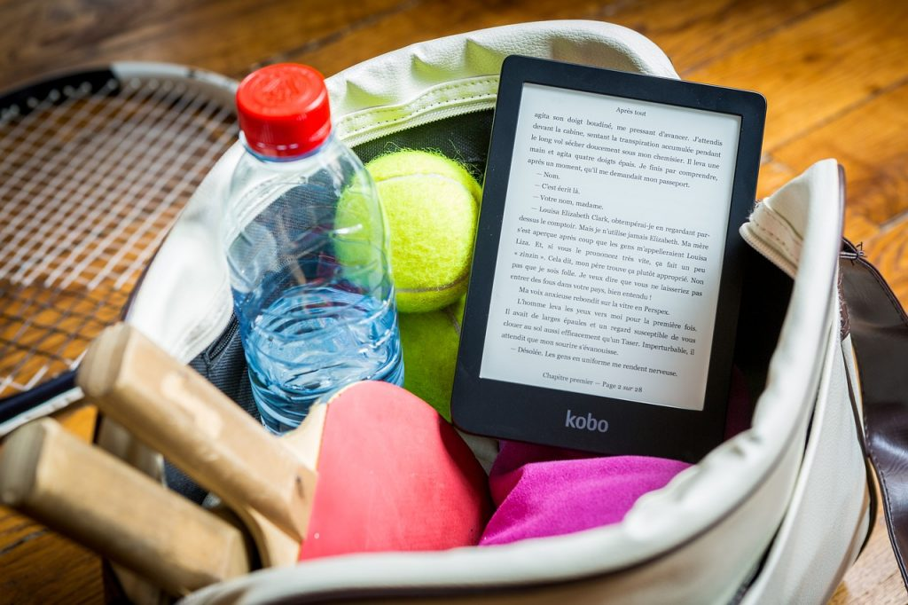 What Should You Have in Your Tennis Bag?